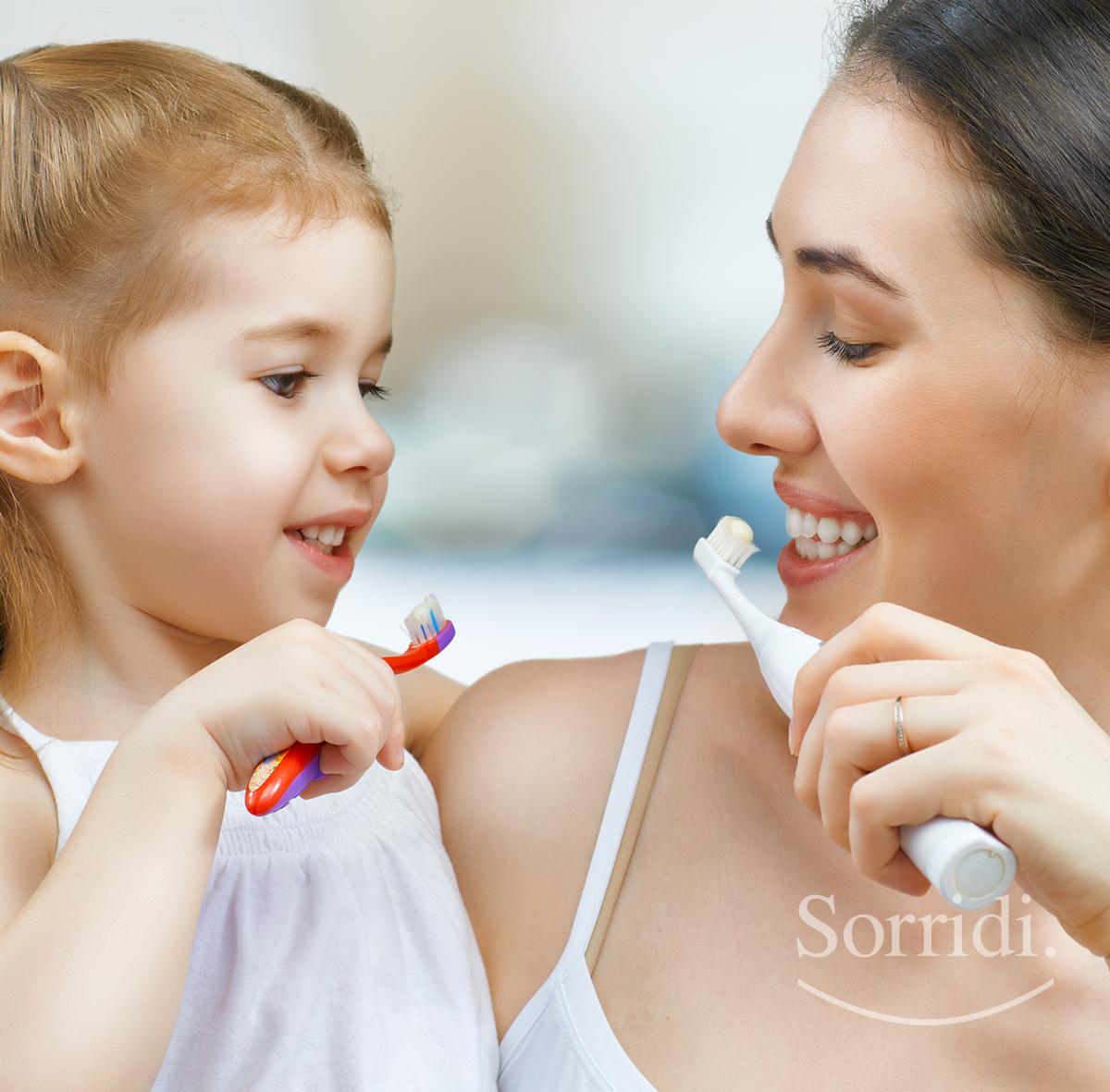 sorridi-consigli-mamma-papa-denti-bambini