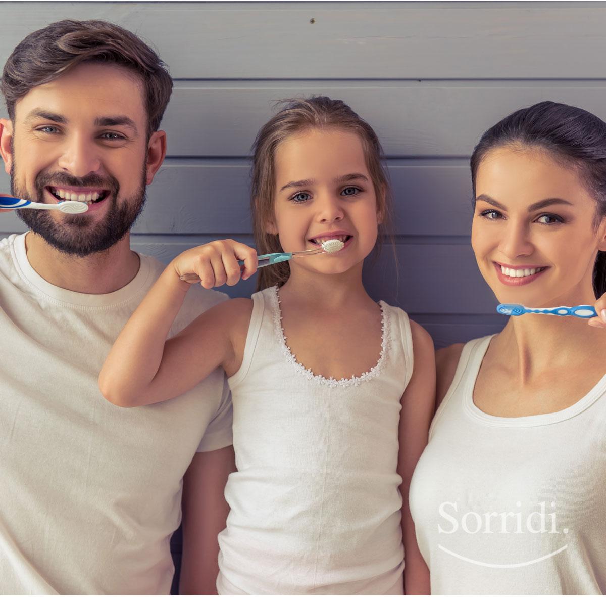 sorridi-ch-magazine-igiene-orale-fuori-casa-adulti-e-bambini