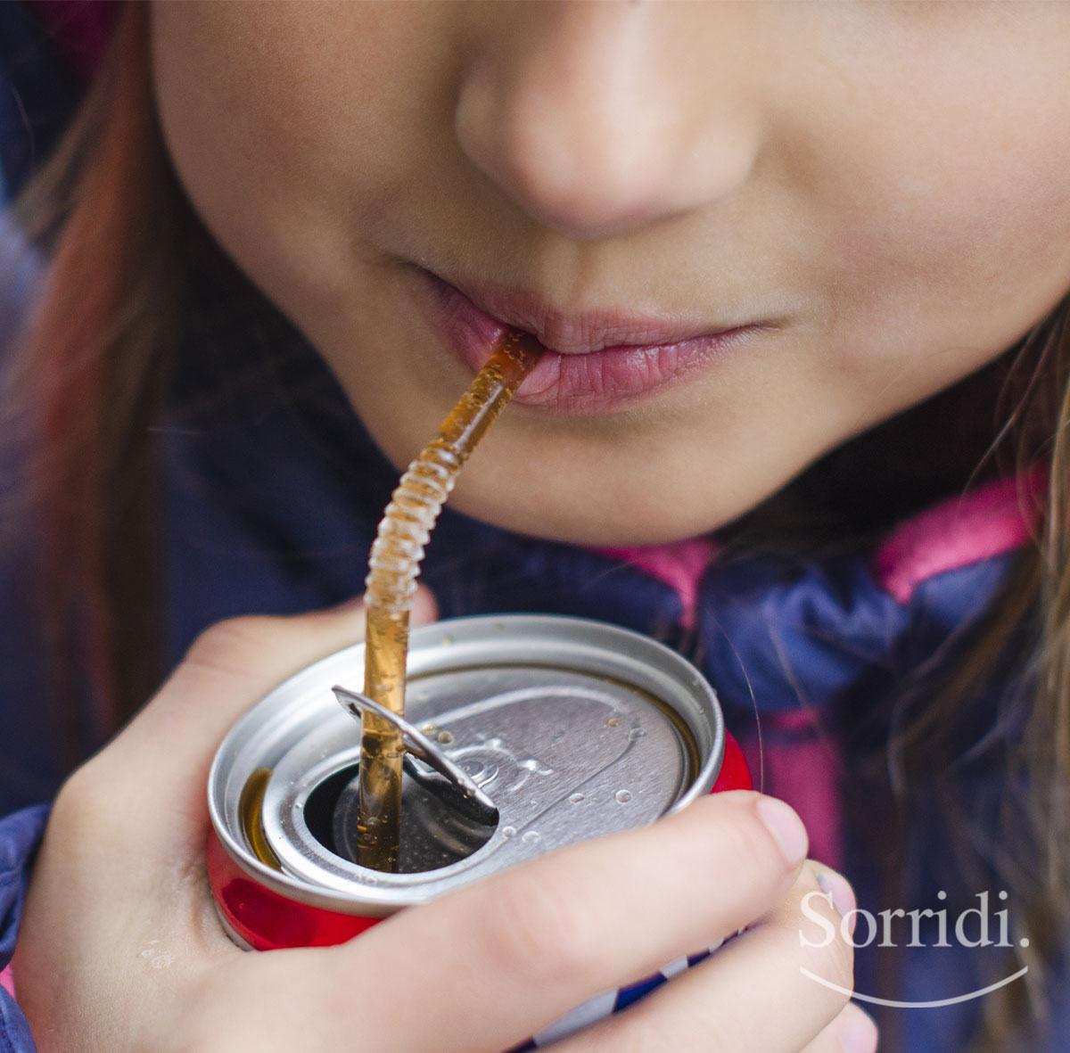 Sorridi-ch-magazine-carie-nei-bambini-e-bevande-gassate