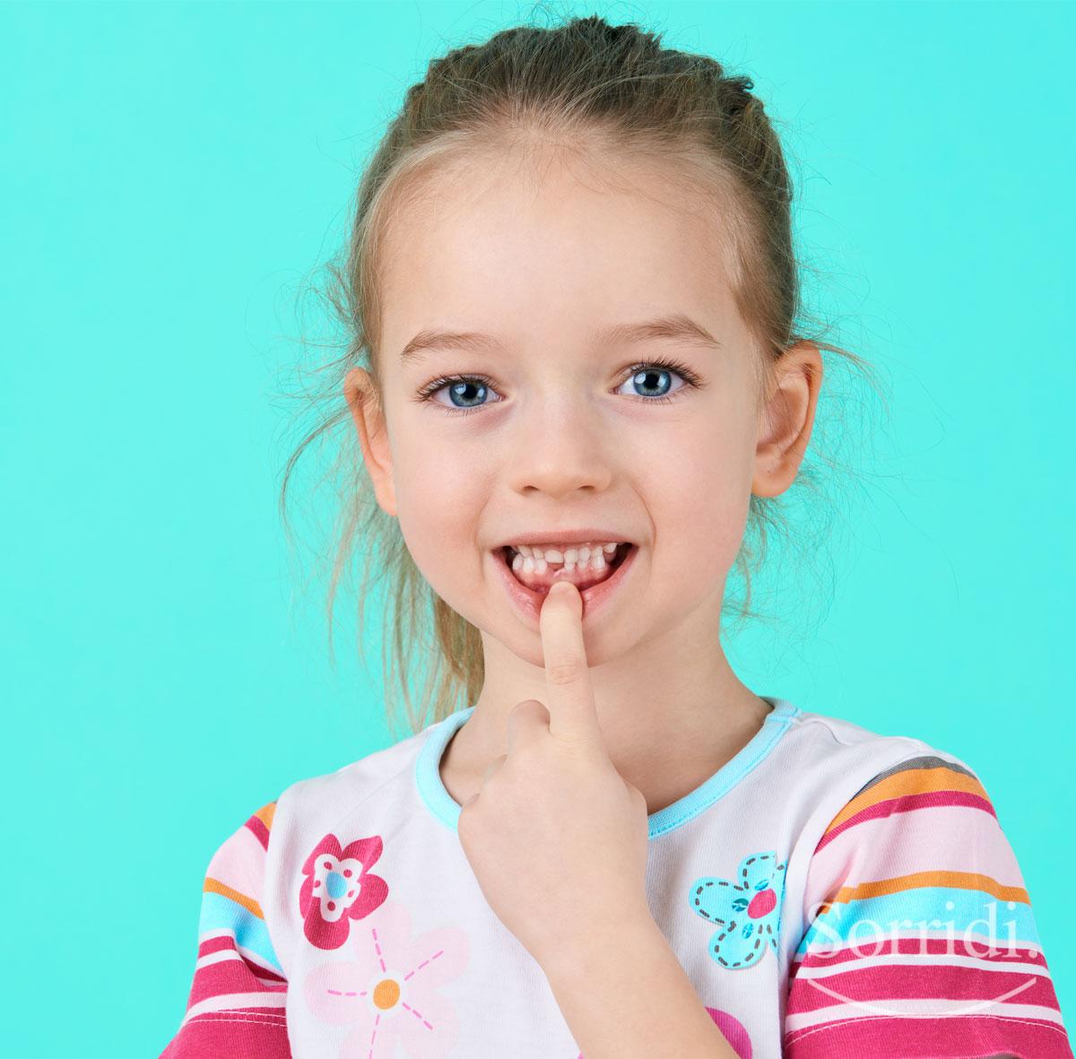 Sorridi-ch-magazine-dentizione-bambini-e-piccoli-disturbi-come-affrontarli-a-casa