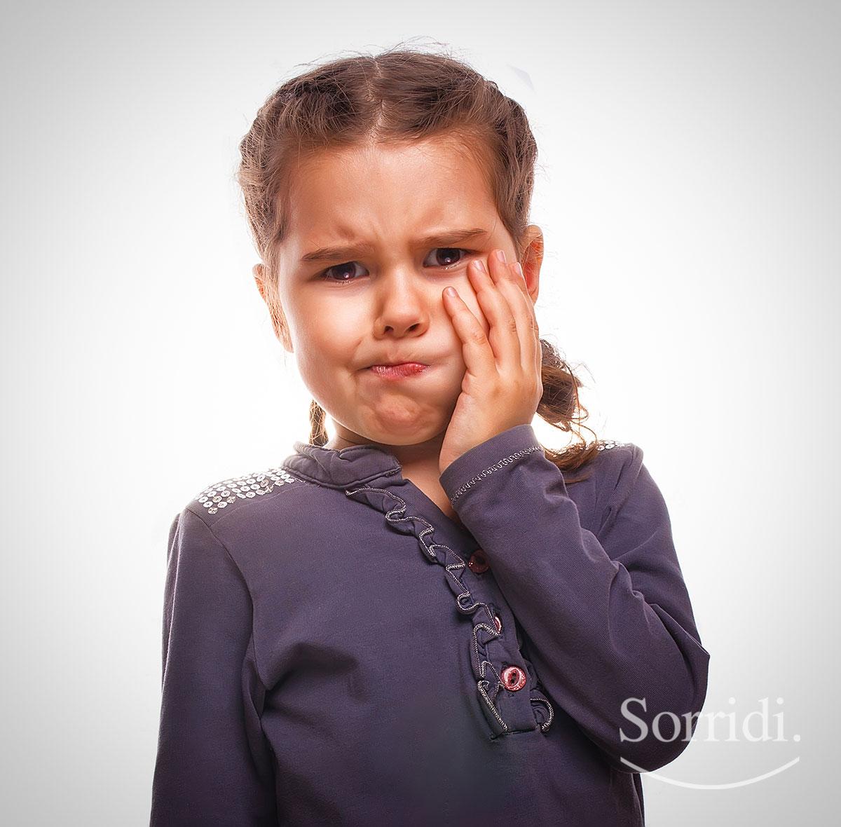 Sorridi-ch-magazine-affrontare-a-casa-i-piccoli-problemi-ai-denti-dei-bambini
